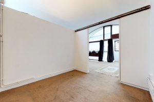 4kL66MXCg6B - Bedroom